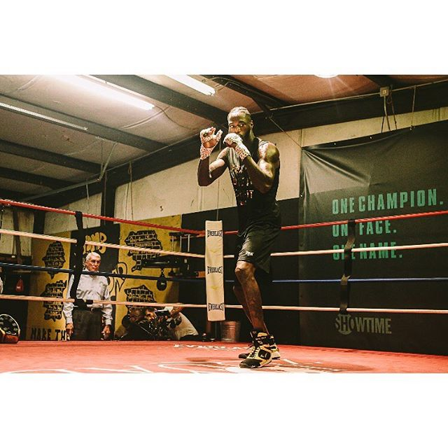 Deontay Wilder's Media Workout | New Era Boxing and Fitness | Northport, Alabama | November 5th, 2019  I'm back in the swing of things, concert-wise, tonight... so here's one more from the Deontay Wilder media workout to hype the upcoming match with Luiz Ortiz ‪on November 23rd.‬ #deontaywilder #boxing #boxingworkout #worldboxingcouncil #bombzsquad #wildervsortiz #wildervsortiz2 #pbconfox #alabama #alabamaphotographer #tuscaloosaphotographer #sportsphotos #sportsphotographer #combatsport #photojournalism #photojournalist #sliceoflife #documentingspace #peoplewhodofunstuff #canon6d #killeverygram #photographyislove #cinematicphotography