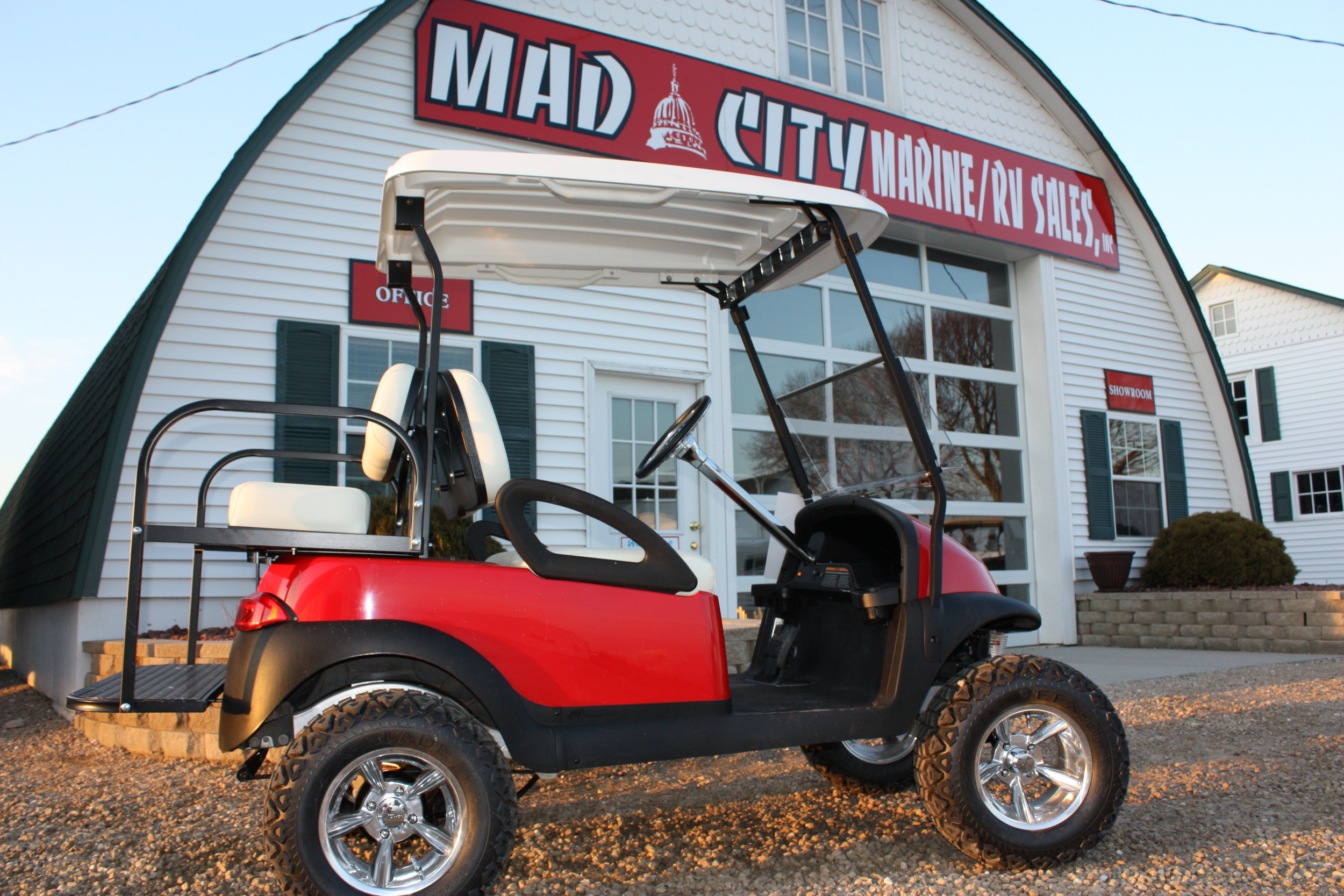 2010 Club Car - Red.JPG