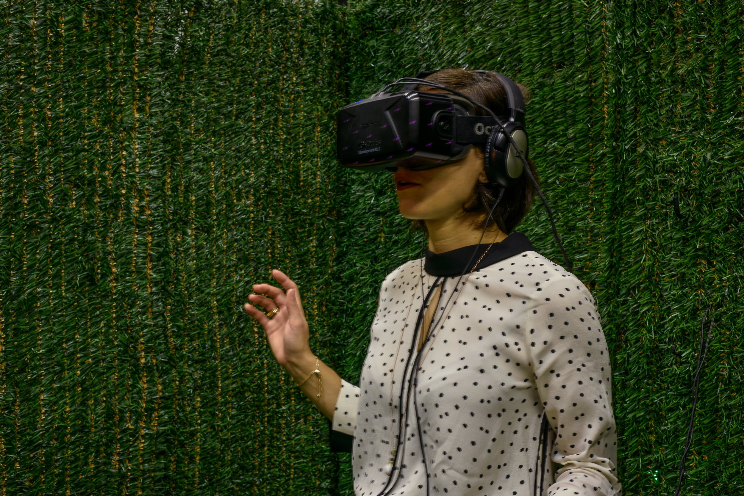 Sculpture Garden, Hedgemaze  —  VR Installation Zabludowicz Collection, London  2016  Client  —  Jon Rafman Studios