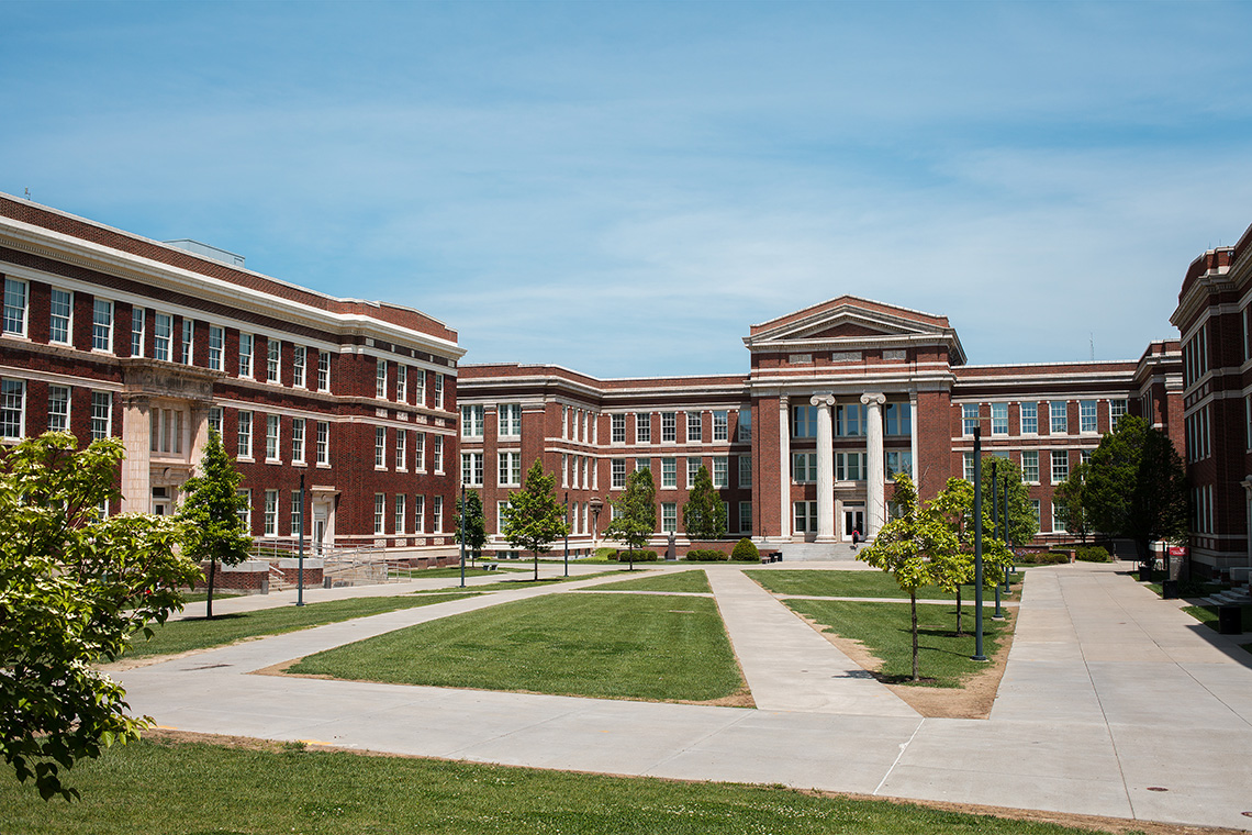 2_University_Cincinnati_Exterior_Campus_Buildings_Ken_Bruggeman_Photography_York_PA.jpg