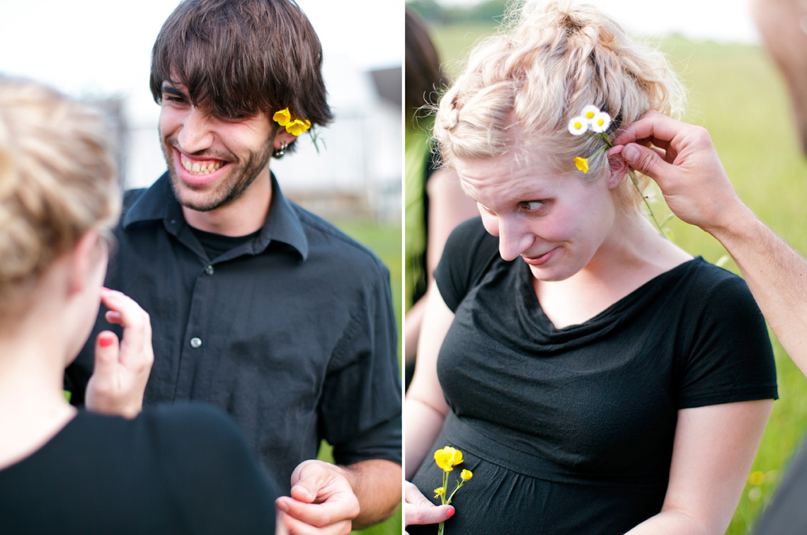 9-Young-Playful-Couple-Flowers-Hair-Ken-Bruggeman-Photography-Family-Portraits-York-PA.jpg