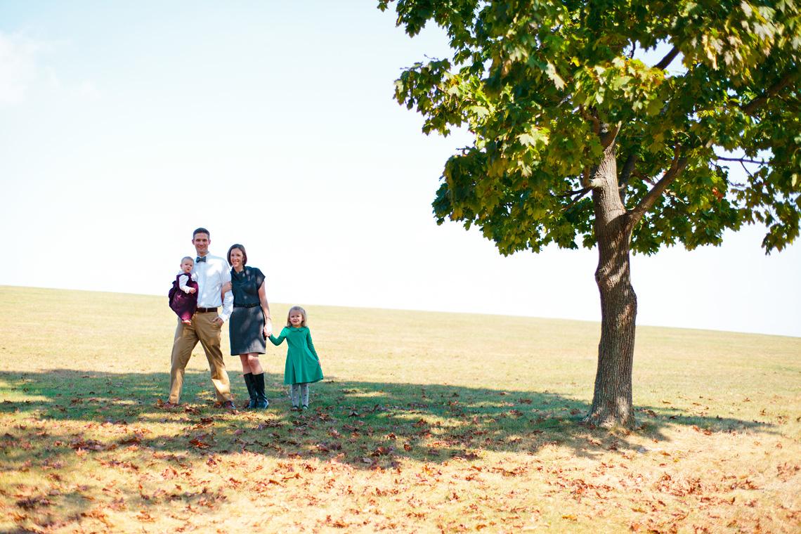 7-Family-Group-Portrait-Under-Tree-Ken-Bruggeman-Photography-Family-Portraits-York-PA.jpg