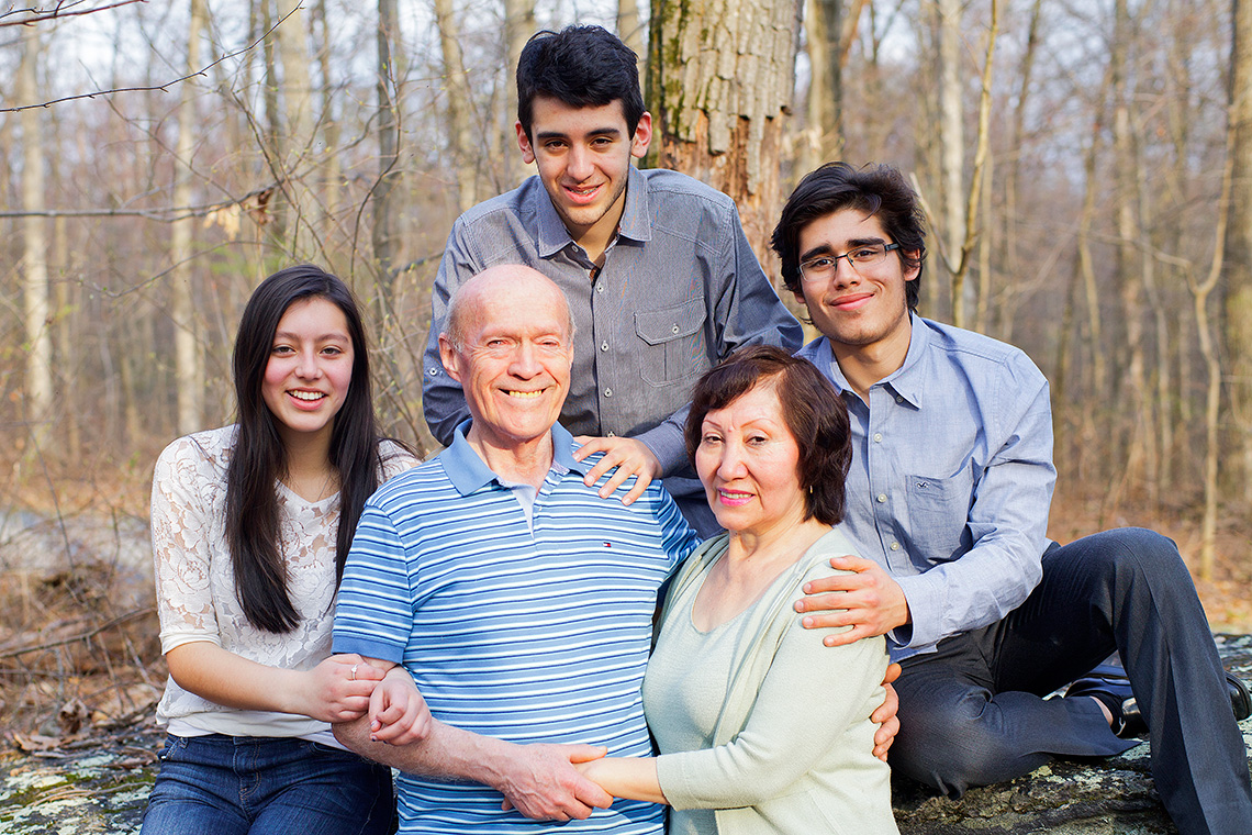 5-York-PA-Family-Photography-Ken-Bruggeman-Martinez_Family_8.jpg