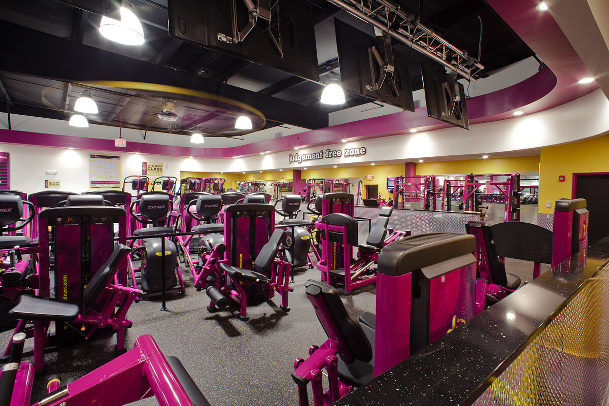 5-Planet-Fitness-Commercial-Photography-York-PA-Ken-Bruggeman-No-Judgement-Zone-Machines.jpg