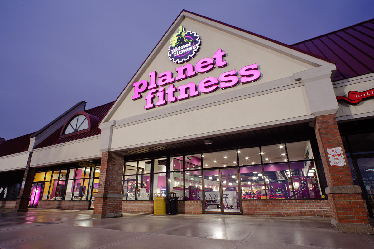 24-Planet-Fitness-Commercial-Photography-York-PA-Ken-Bruggeman-Exterior.jpg