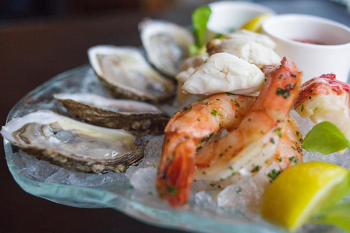 Hilton_Hotel_Harrisburg_Food_Photography_Menu_Ken_Bruggeman_Seafood_Sampler_Platter.jpg