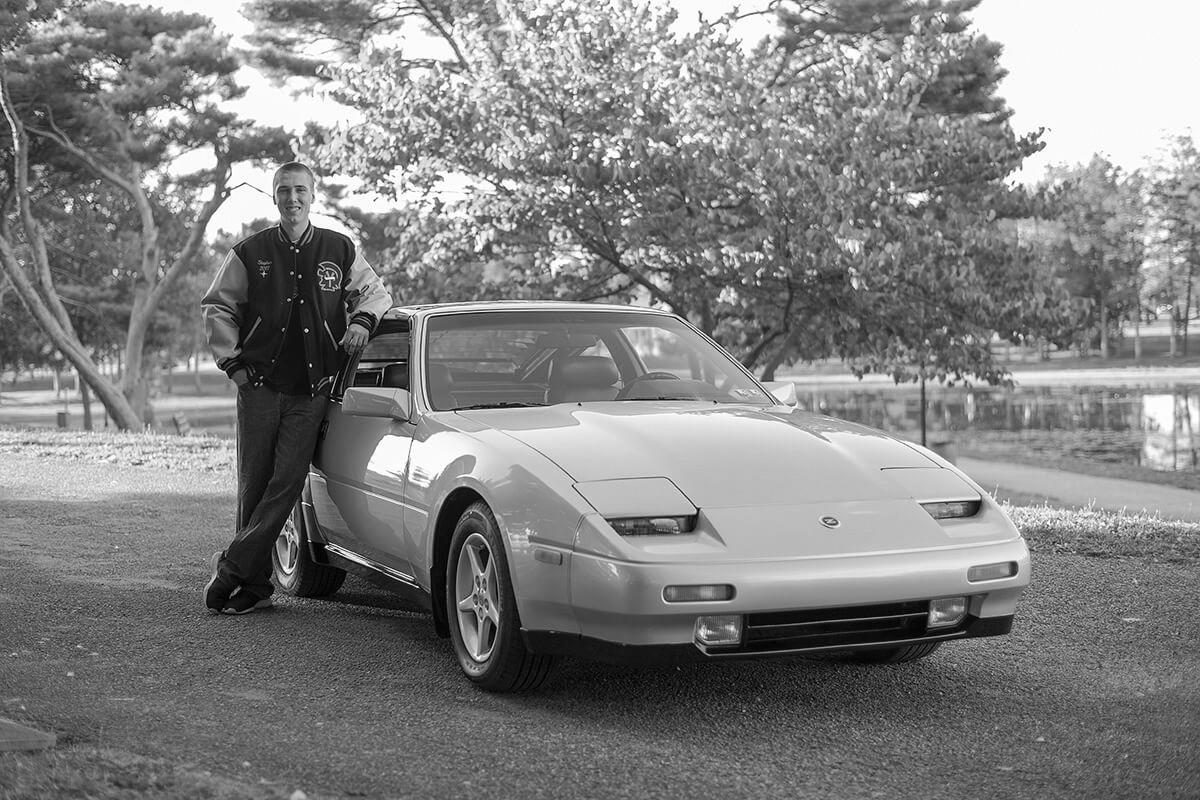 5-Senior-Portrait-Photography-Ken-Bruggeman-York-PA-Young-Man-Standing-Classic-Car-Black-White.jpg