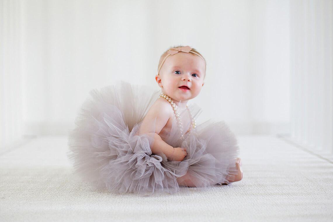 1-Family-Photographer-York_PA-Ken-Bruggeman-Photography-Infant-Girl-Smiling-Ballet-Tutu.jpg