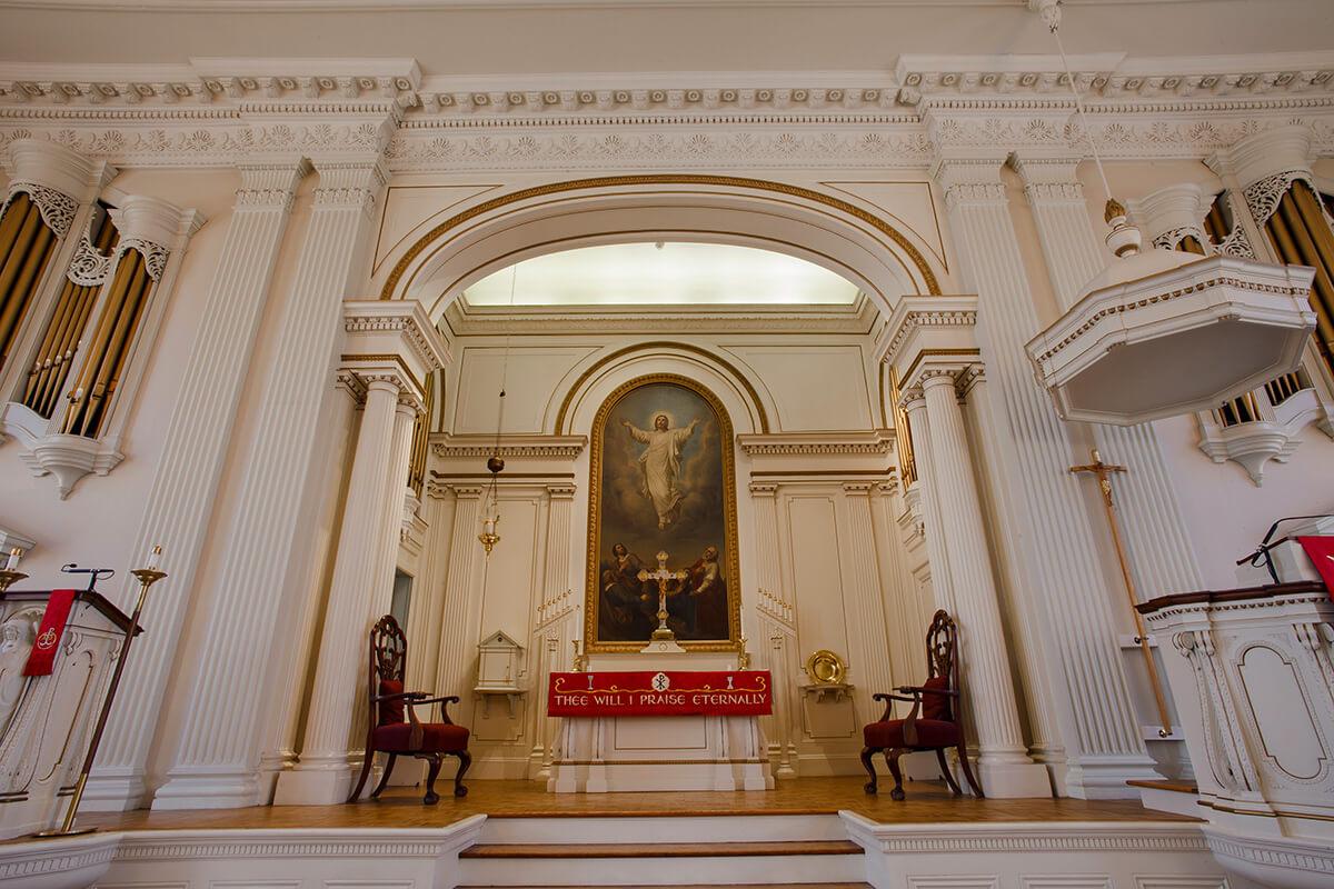 2-Ken-Bruggeman-Photography-York-PA-Commercial-Photographer-Architecture-Church-Christ-Lutheran-Alter-Grand-View.jpg