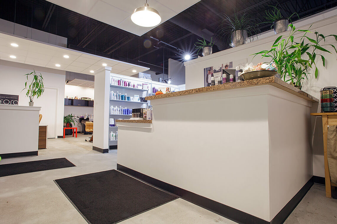 9-Commercial-Architectural-Photographer-York-PA-Ken-Bruggeman-Photography-Evolve-Salon-Front-Desk.jpg