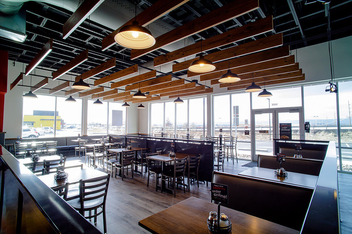 7-Commercial-Architectural-Photographer-York-PA-Ken-Bruggeman-Photography-Restaurant-Pie-Five-Pizza-Company-Customer-Dining-Tables-Booths.jpg