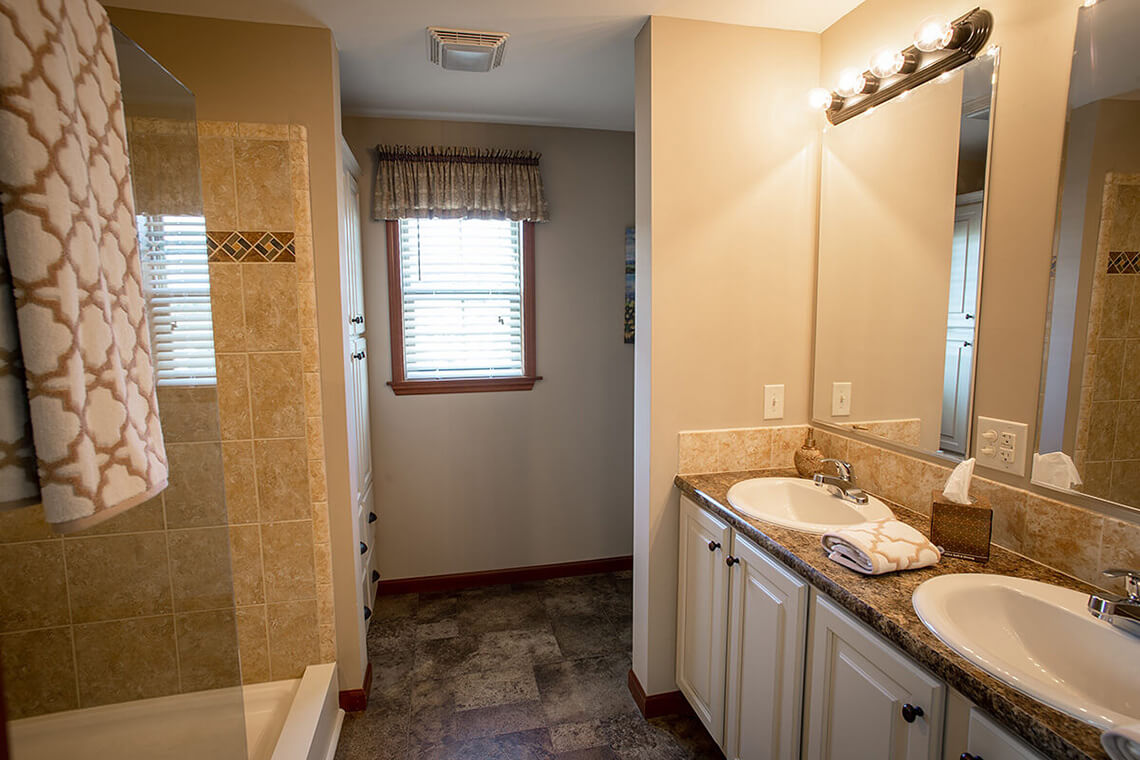 4-Commercial-Photography-Residential-Real-Estate-Interior-Ken-Bruggeman-Photography-York-PA-Pleasant-Valley-Homes-Bathroom-Glass-Mirrors.jpg