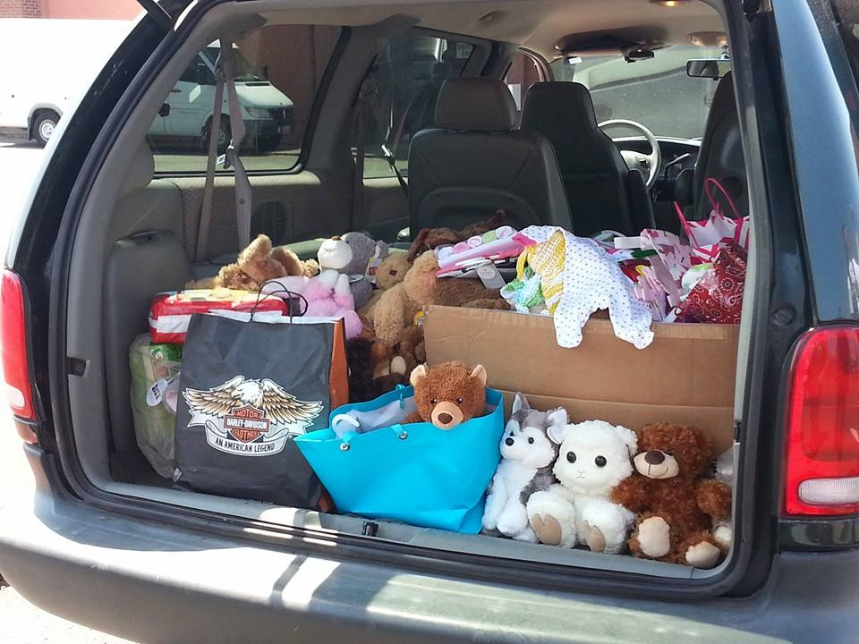 After sign-in and BBQ lunch in Amboy (Ride for the Unborn Child) we took back roads to Battle Ground HS where we dropped off stuffed animals and newborn baby items.