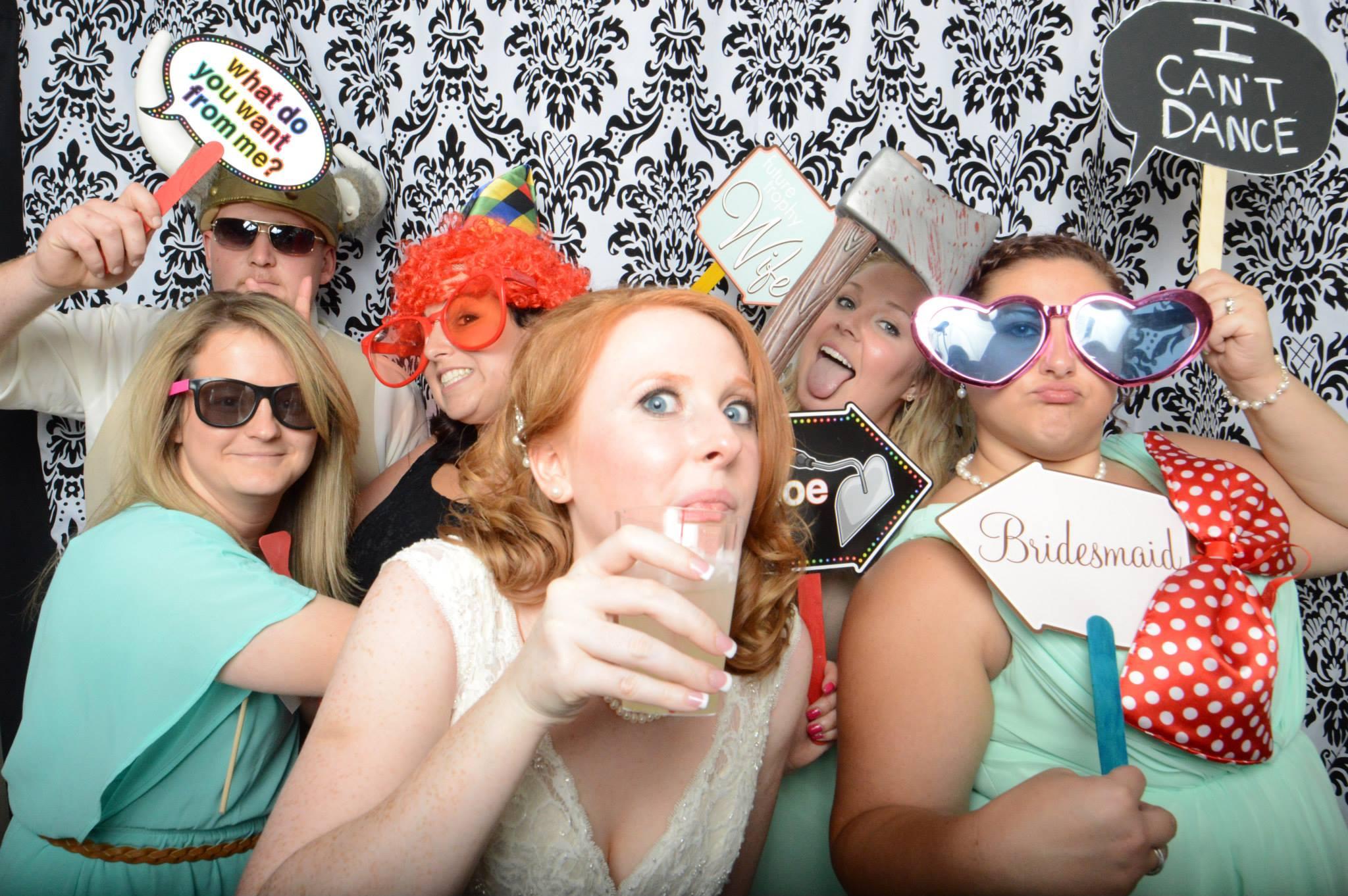 group_wedding.jpg