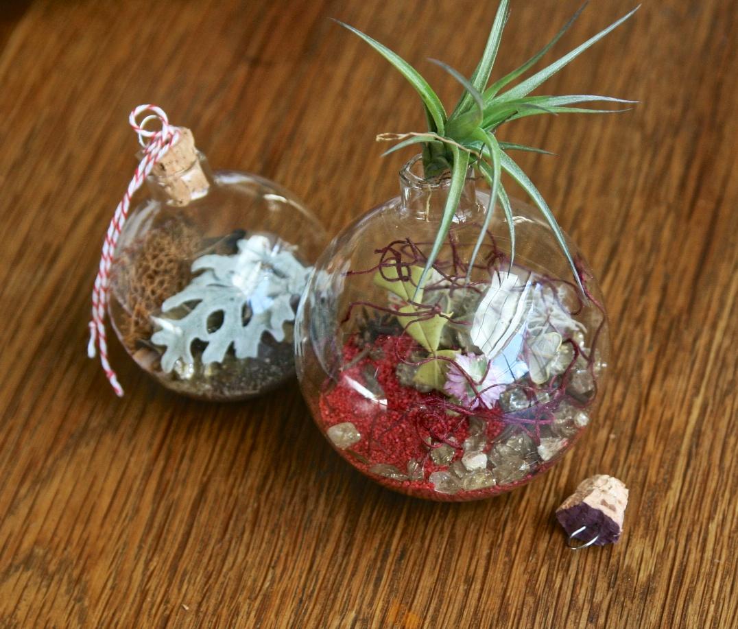 2-ornaments.jpg
