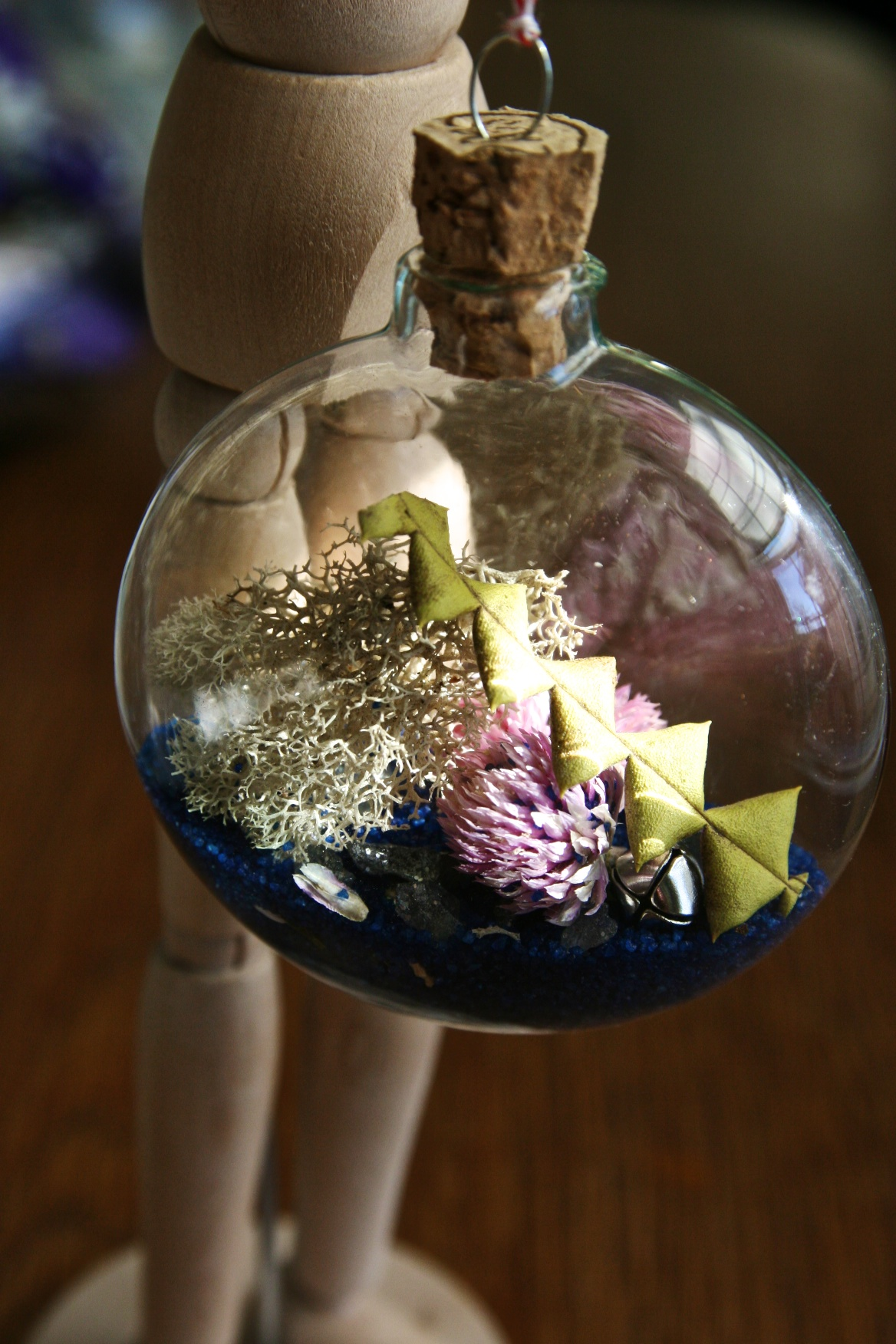 glass-disc-ornament-12-2.jpg