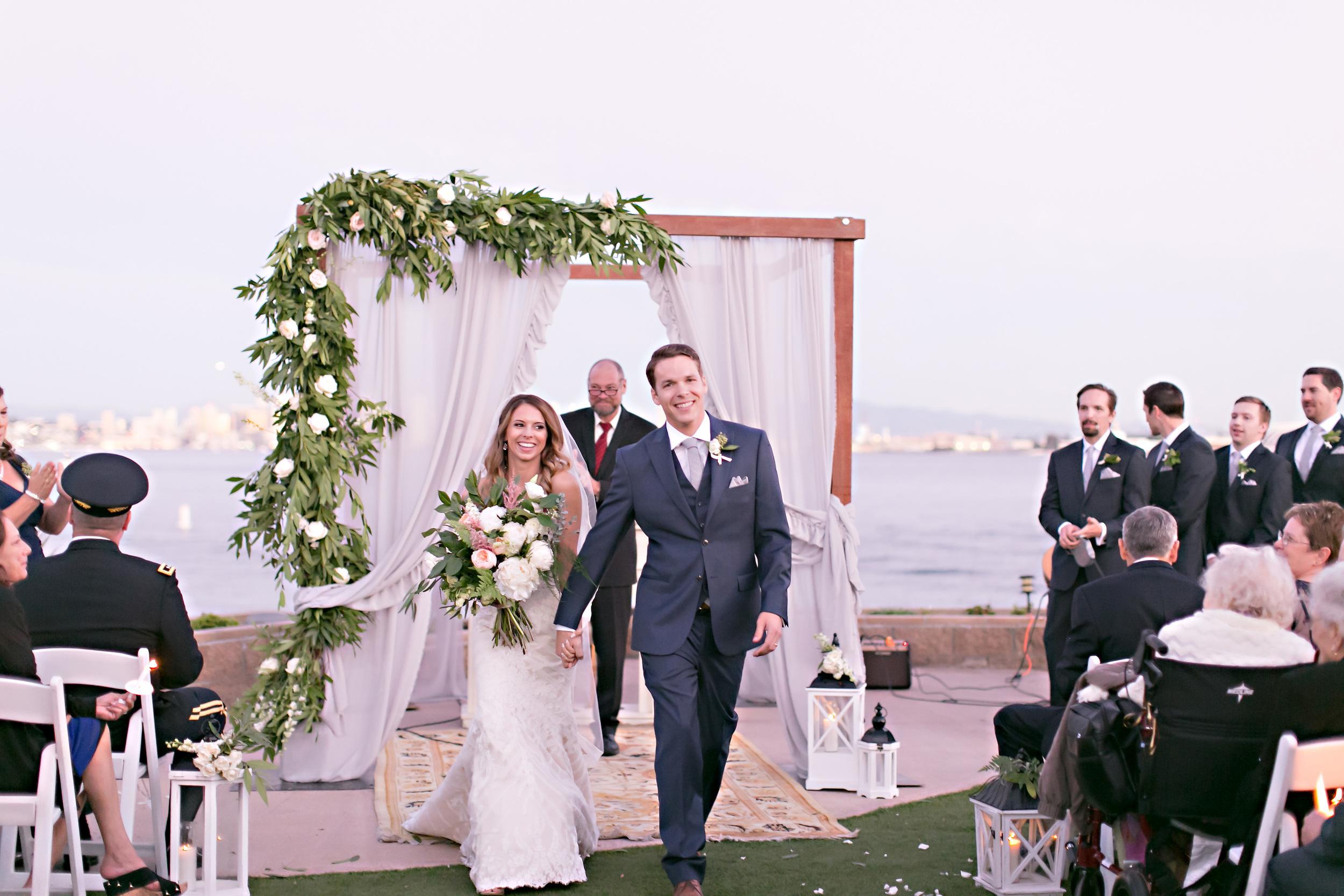 romanticweddingflowers.jpg