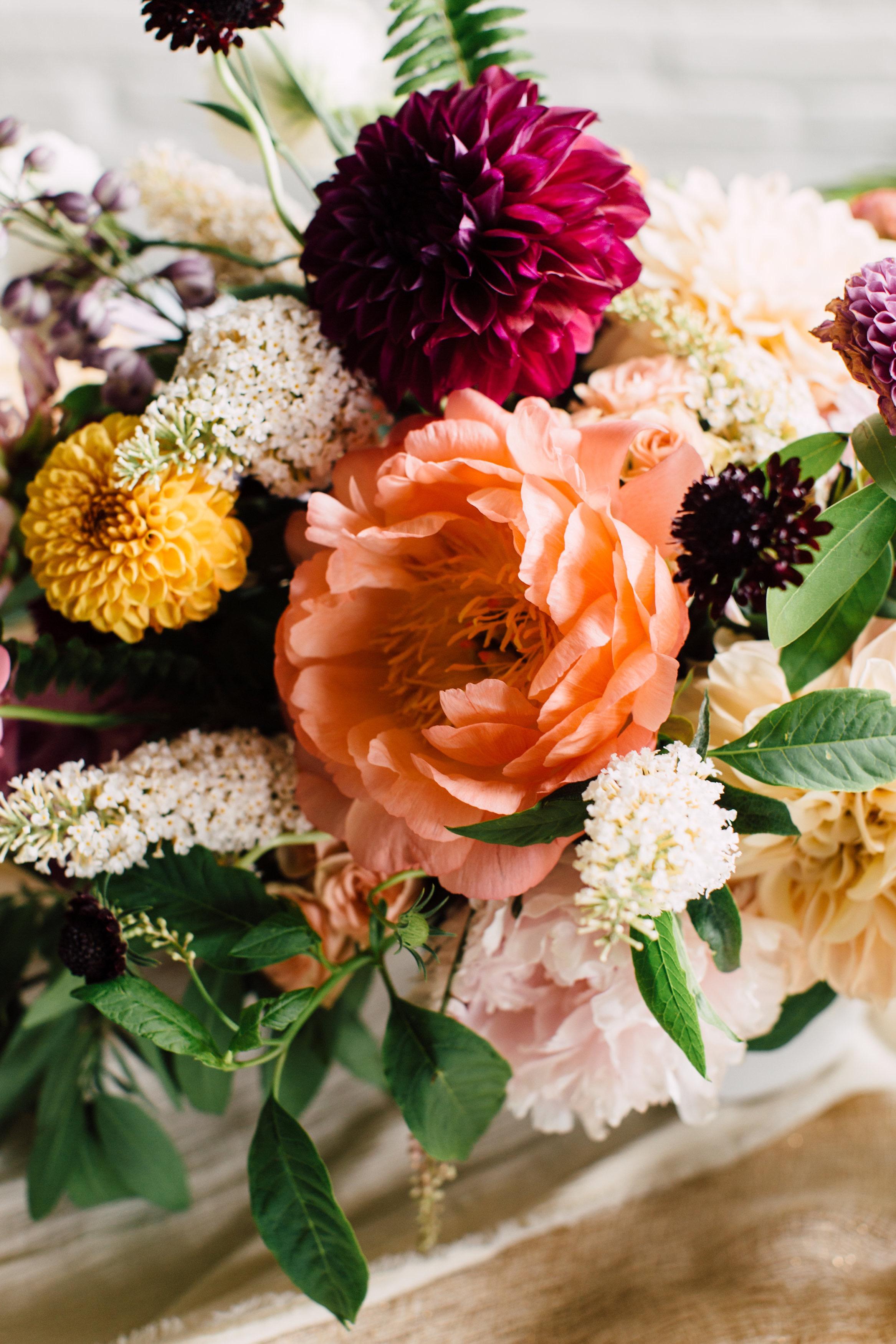 juneweddingflowers.jpg