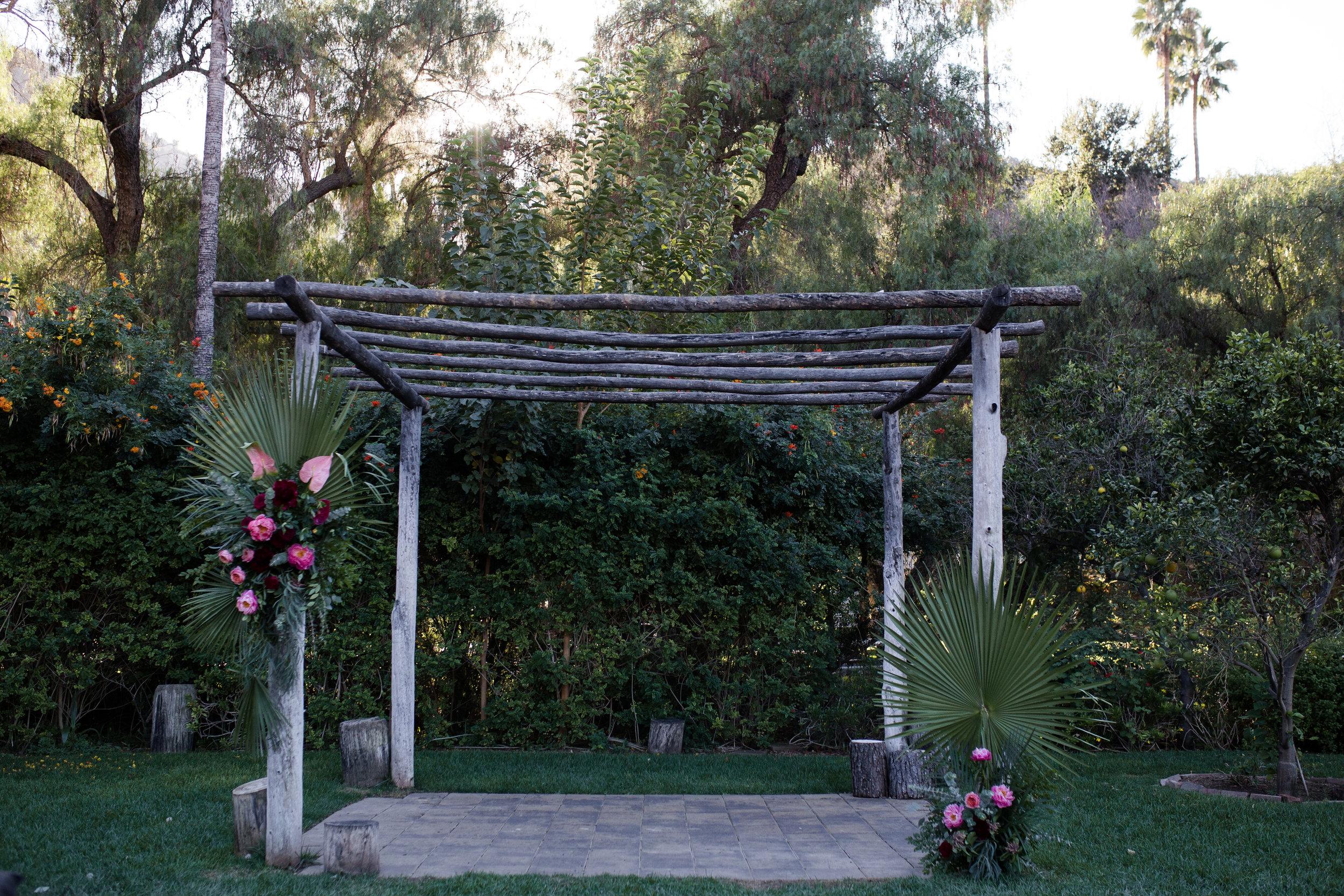 tropicalweddingceremony.jpg