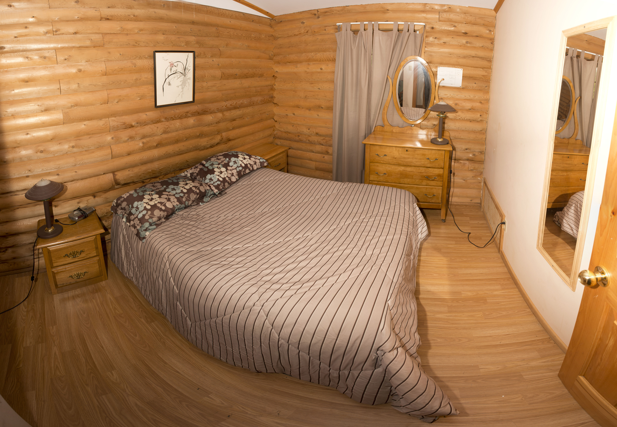 Cabin #9 - 1st Bedroom Panorama (Cabin #8 shares identical layout & amenities)