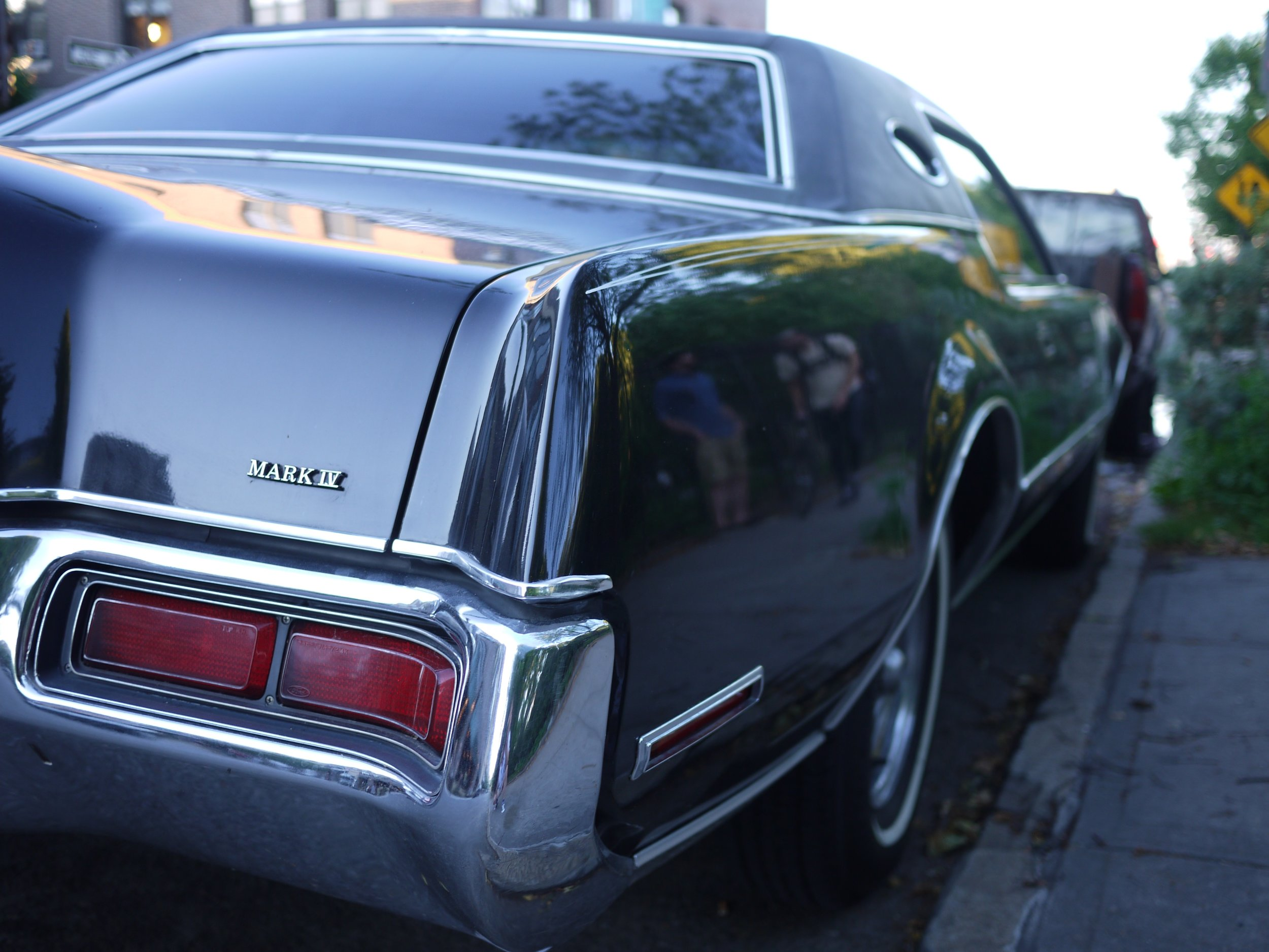 Lincoln Continental 3.jpg