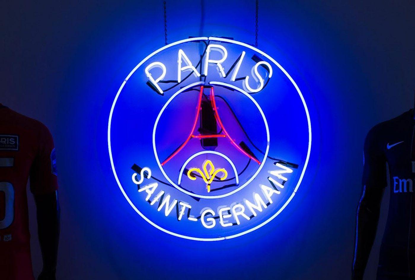 AntonioBrasko-Paris-SaintGermain-LaGalerie-PopUp-TheSeventhLetter-LosAngeles-ArtGallery-Art-Design-Graffiti-SprayPaint-Boombox-Soccer-Futbol-PSG 19.jpg