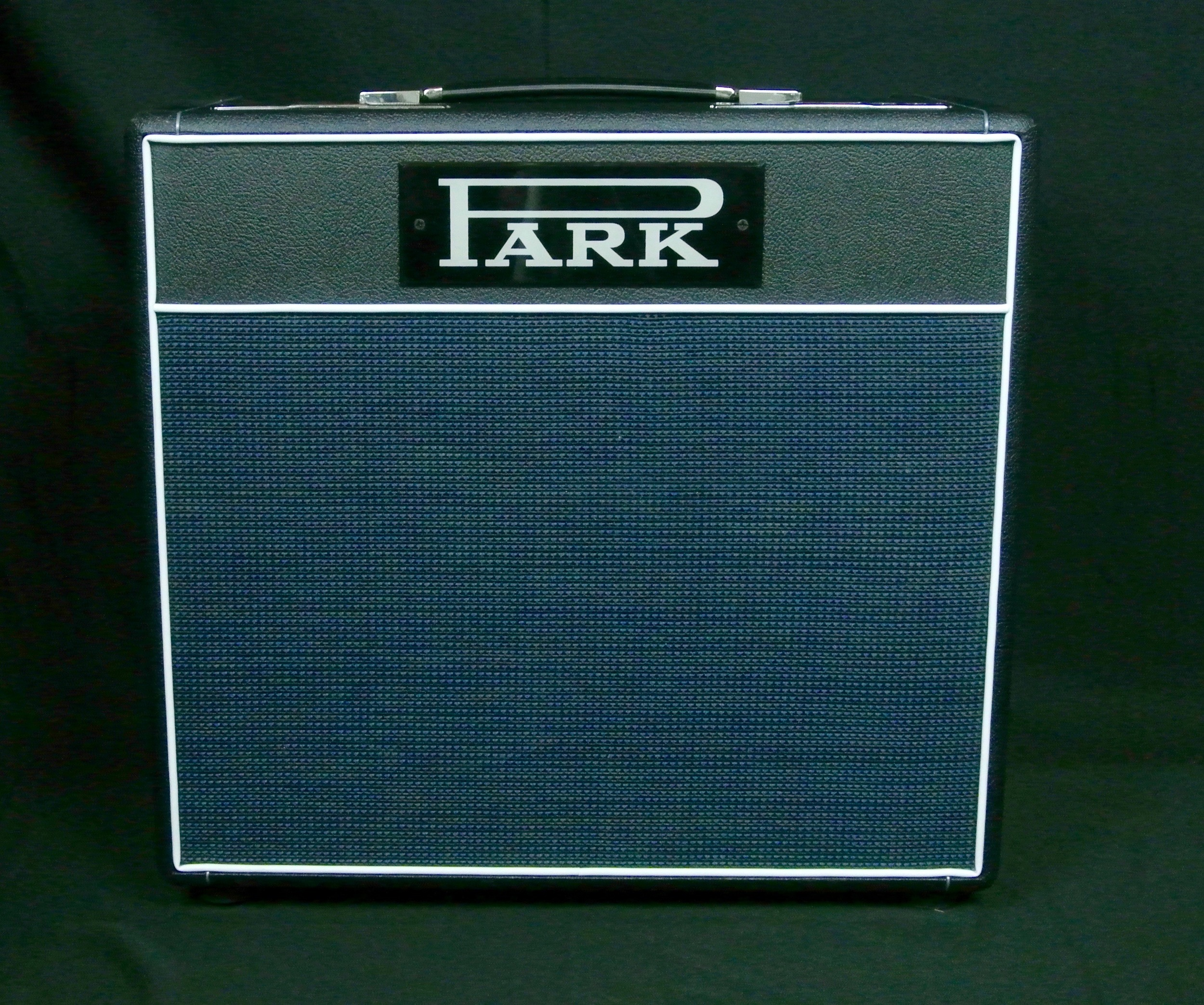 Park 45 in a 1x12 combo. Built with a Celestion Alnico Creamback for Jimmy Vivino this amp sounds surprisingly bigger than an an this size. Email us for more information.