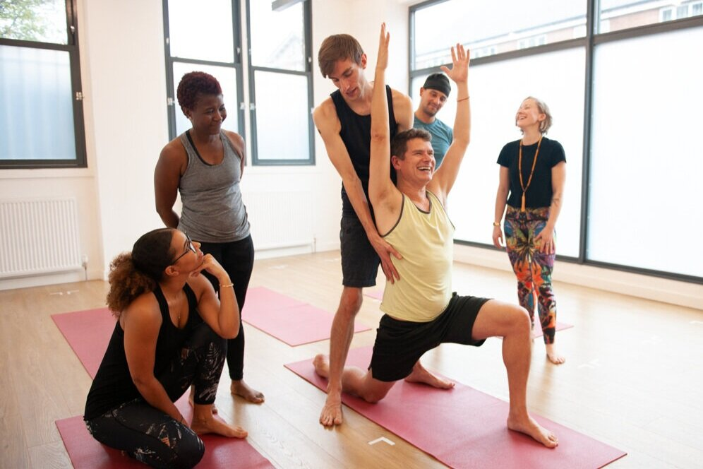 3 Day Hands On Assisting Yoga Teacher Training The Yoga Edge Yoga Studios In Streatham Crystal Palace
