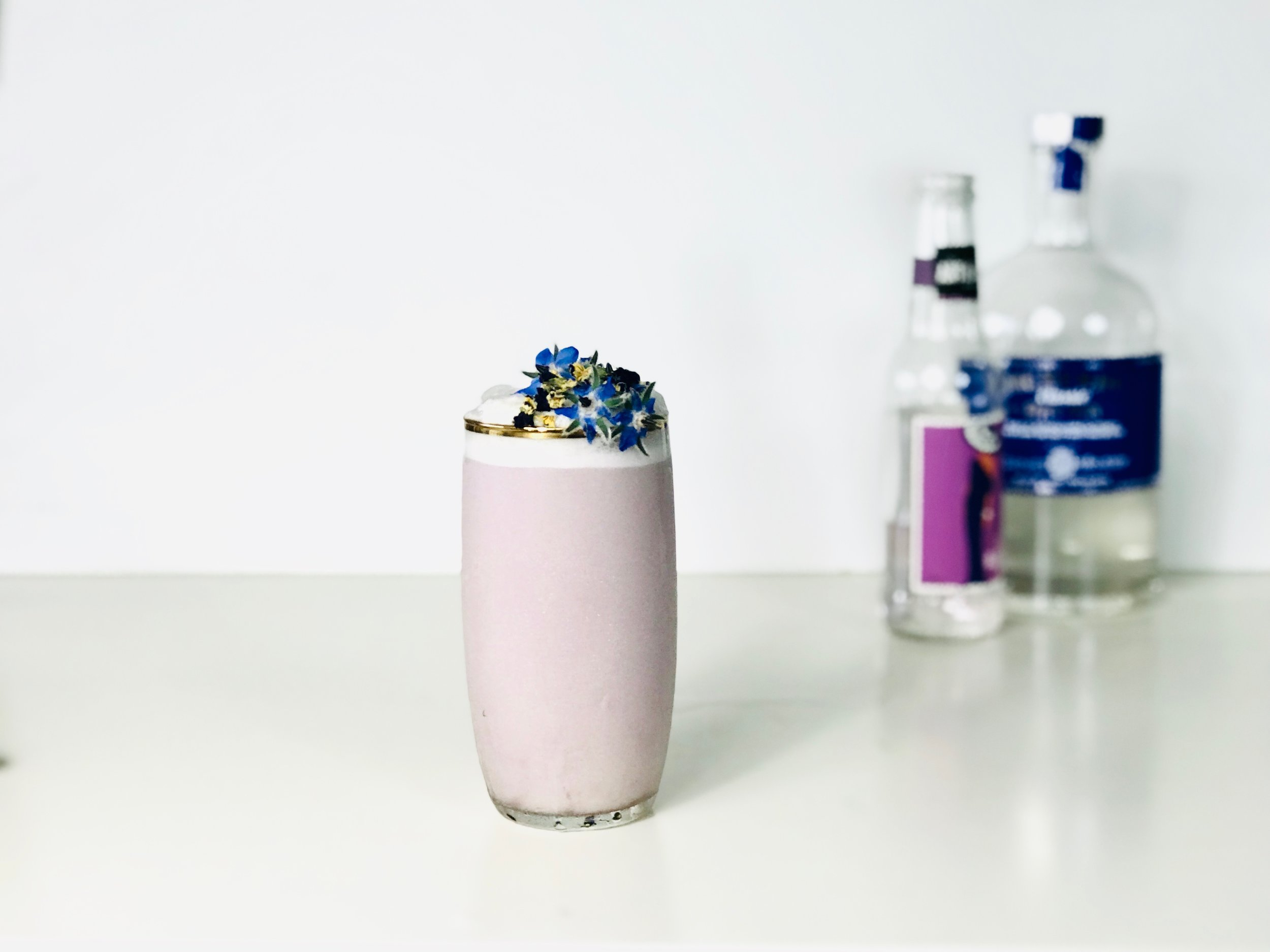 Violet Gin Fizz cocktail