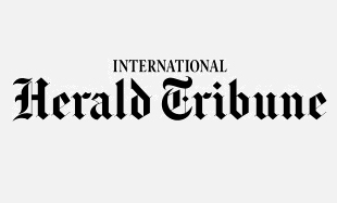 Roll-down-International Herald Tribune.jpg