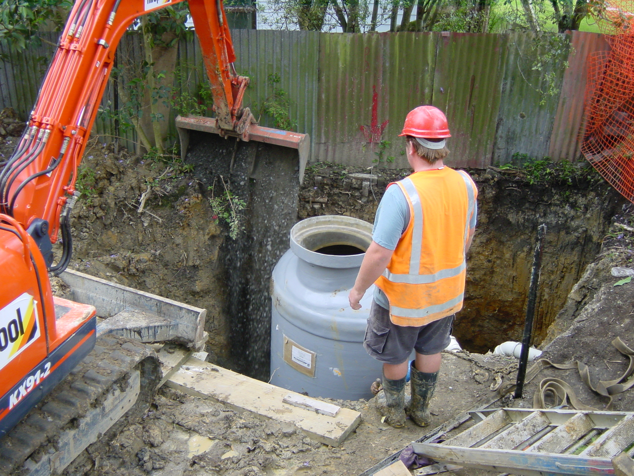 NS Manhole Backfilling1.jpg