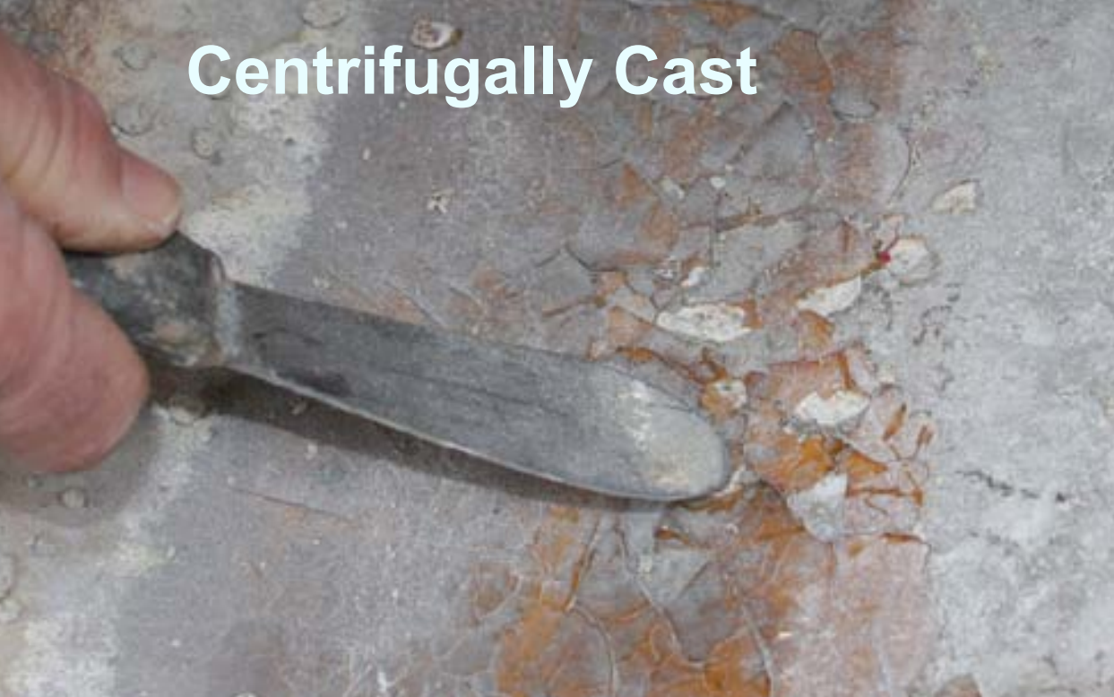 After less than 5 years in similar service: Bycomparison, pipe made by the centifugally castmethod uses sand filled resin to create thicknessand stiffness, and has an unreinforced resin richinner surface. Thermal shock resulted in the resinon the interior surface cracking and flaking, exposingthe underlying structural sand filled laminate,consequently the pipe failed.