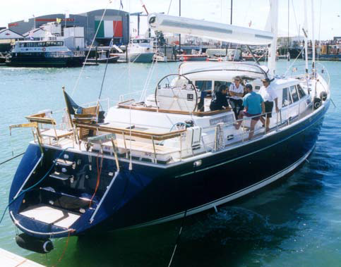 Spirit of Fitzroy with FRP exhaust system by ARMATEC.