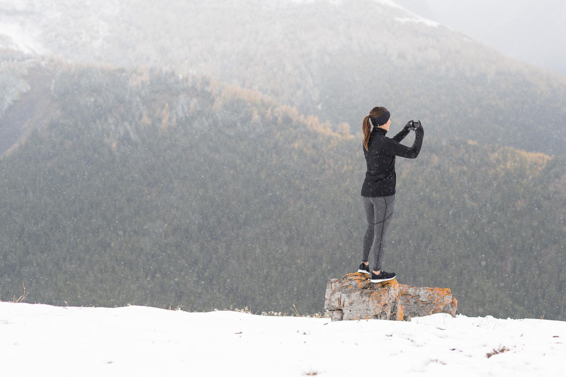 Ashley Barker LuluLemon Banff Mountain Overlooking Photographer Snowing Grey Flash Photography