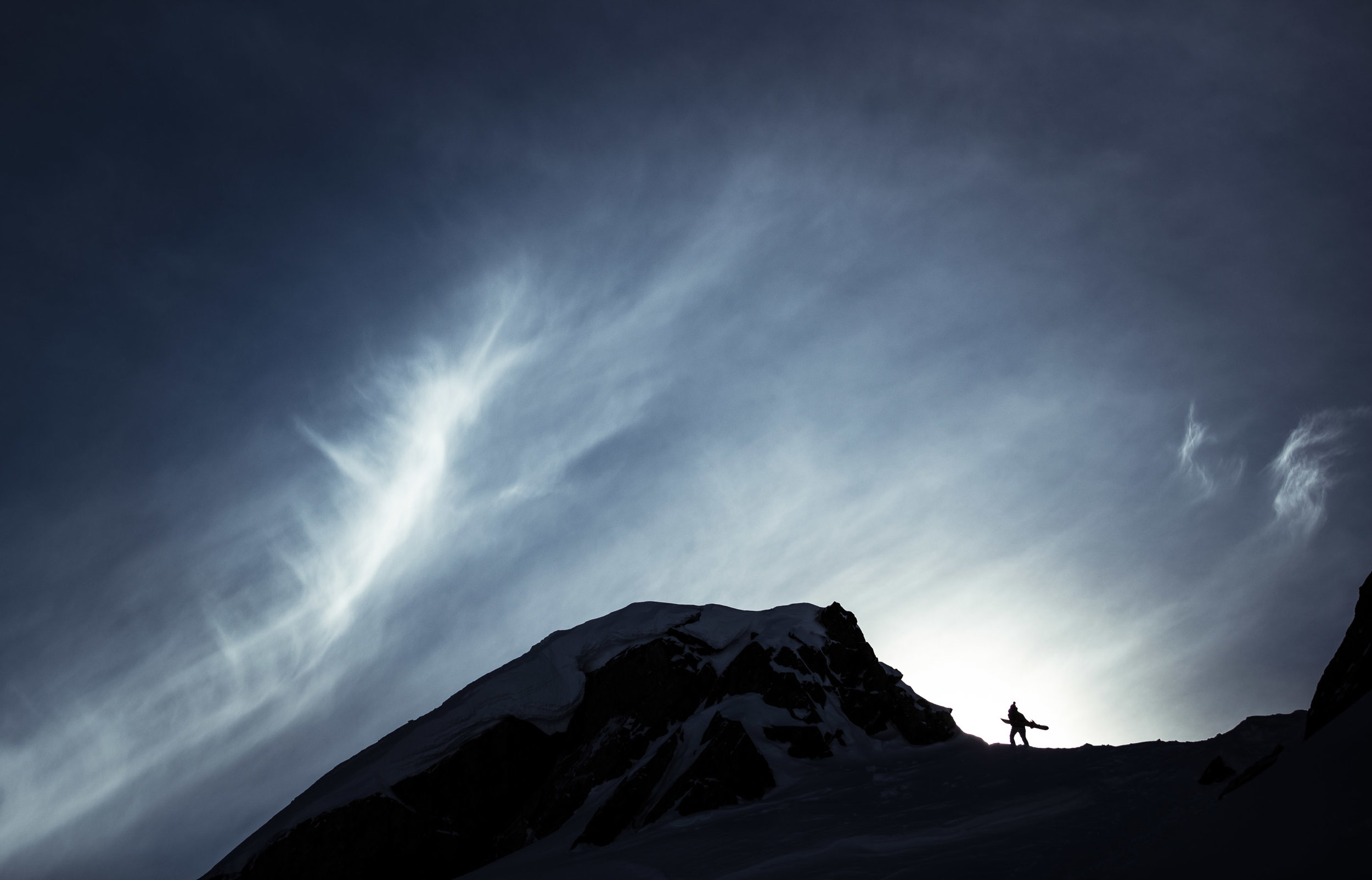 epic silouette mountain life photographer female backass best of award commercial mountain