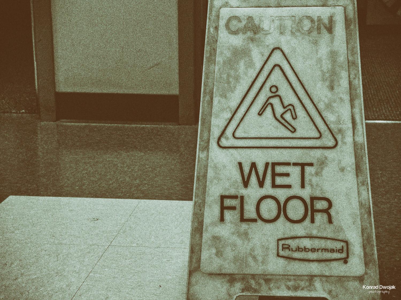 Breakdance on wet floor