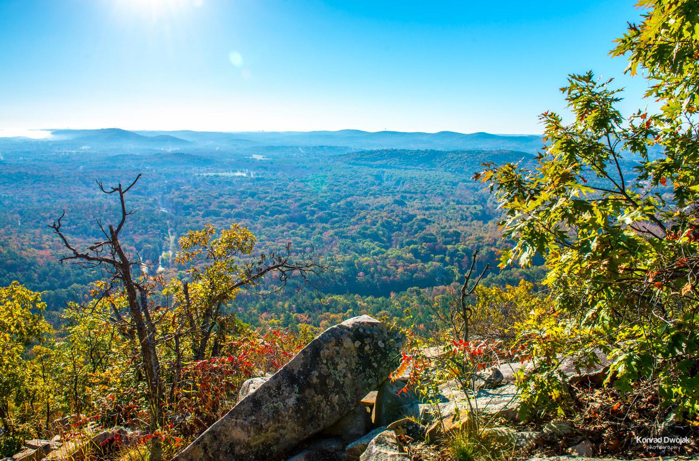 Fall foliage at Pinnacle Mountain State Park