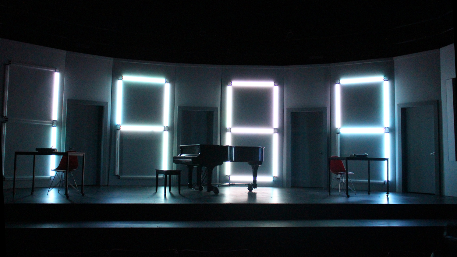 Preshow - clock starts to count down
