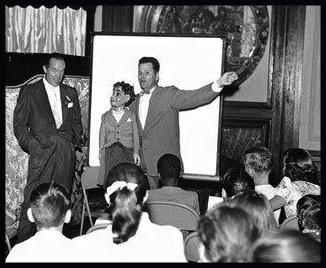 Entertaining kids with Bob Hope