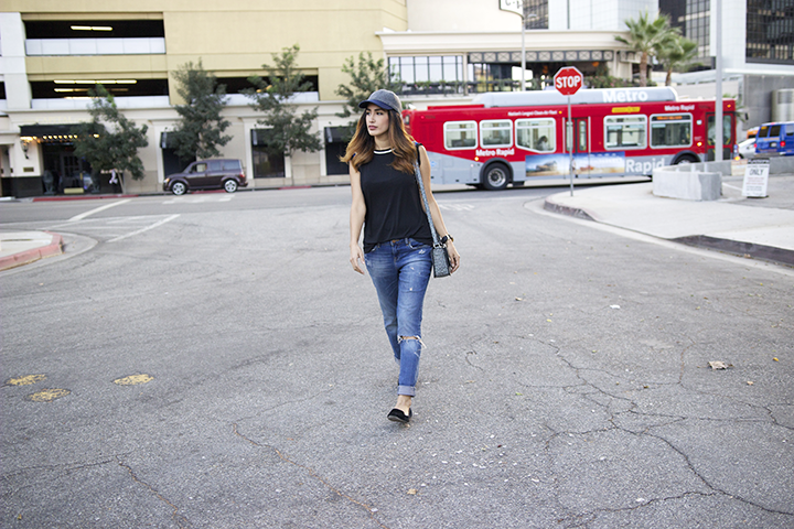 J.Crew hat, Zara top and shoes, H&M jeans, Phillip Lim bag, Forever21 watch