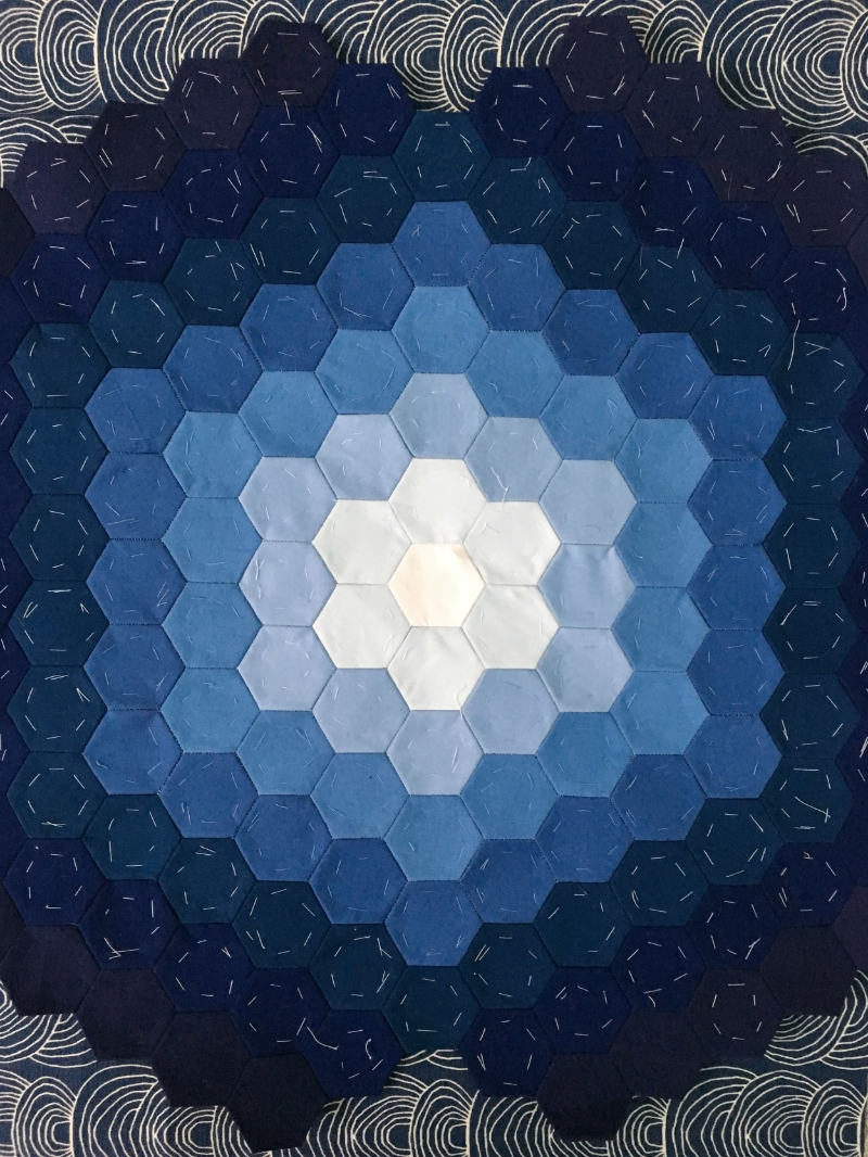 Hexie Ombre Pillow - www.hoorayforrain.com