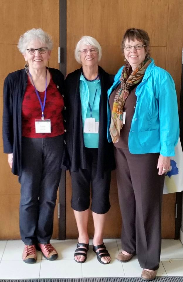Centre is one of our Past Presidents, Muriel Smith, who attended the 2015 AGM in Quebec City. (Muriel has served as Deputy Premier of Manitoba and Minister of Business Development and Tourism.)