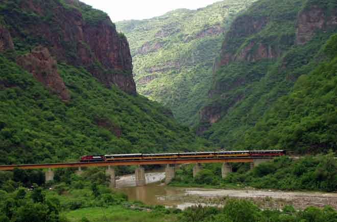 The Chihuahua Al Pacifico train entering the loops at Temoris.