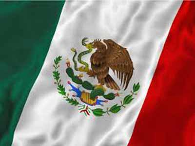 "The flag of Mexico, the ""Tri"""