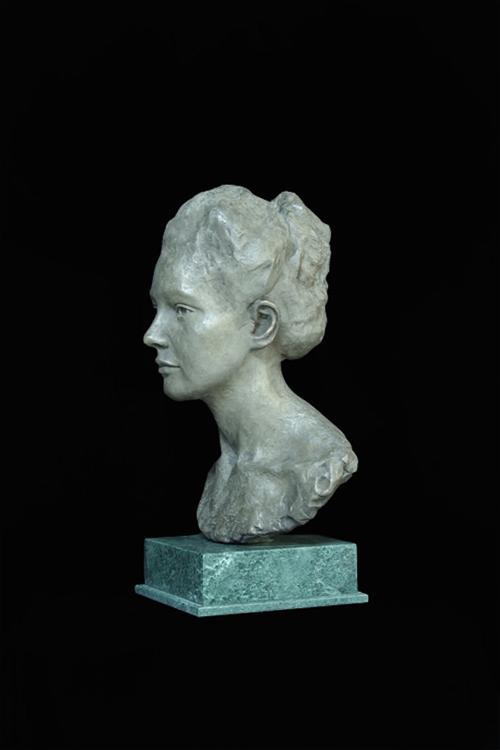 "Title:  Amore     Artist:  Chippie Kennedy    Medium:  Bronze, Edition #1 of 6    Dimensions:  20"" x 11"" x 10"""