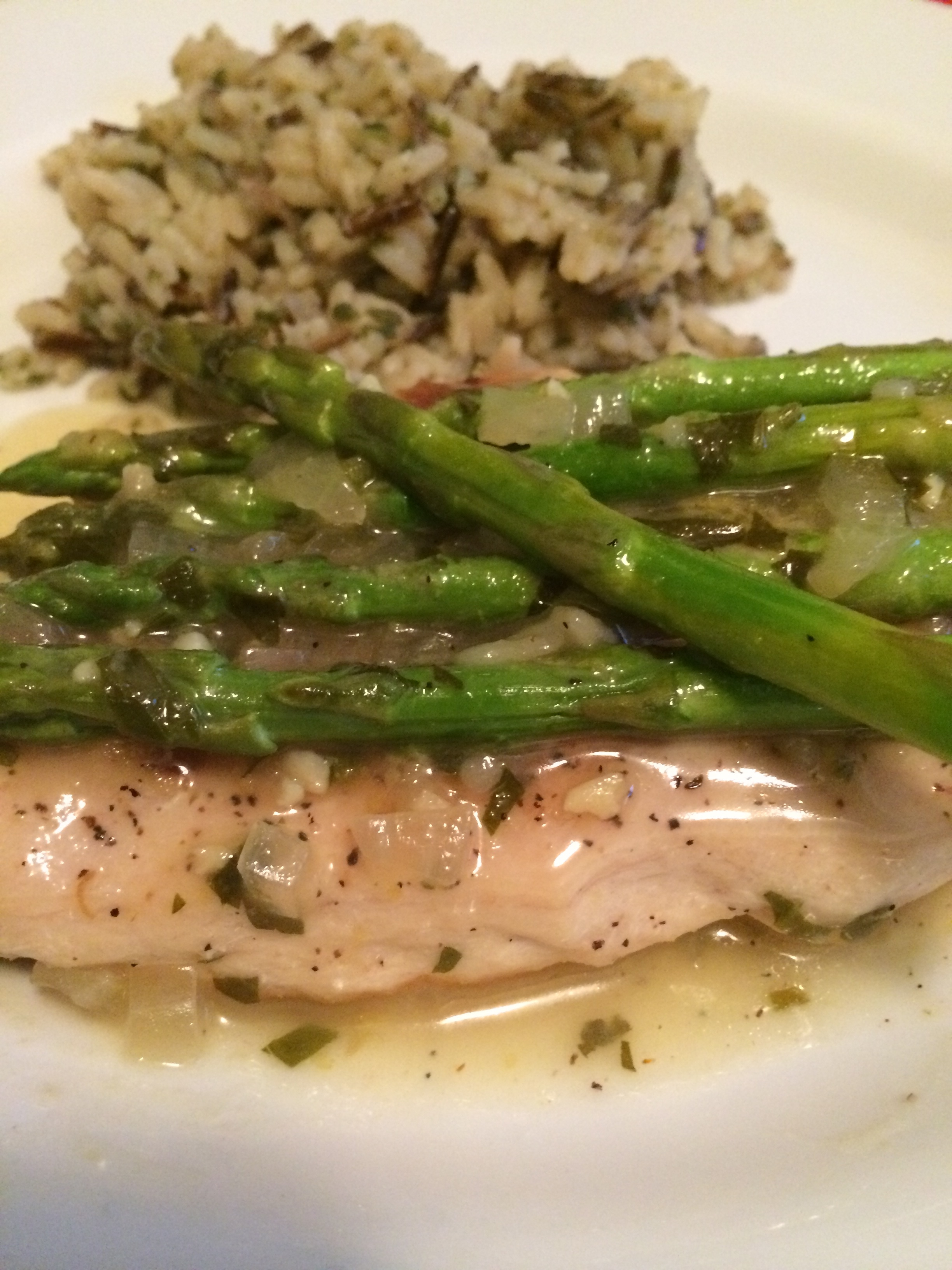 Chicken & Asparagus In Lemon Wine Sauce