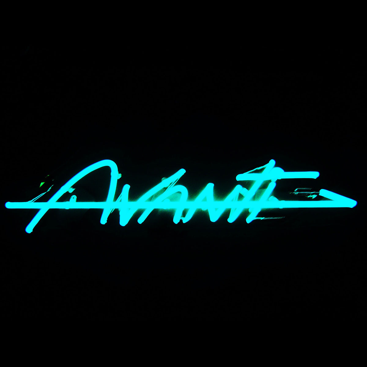 Avanti-neon-1200x1200.jpg