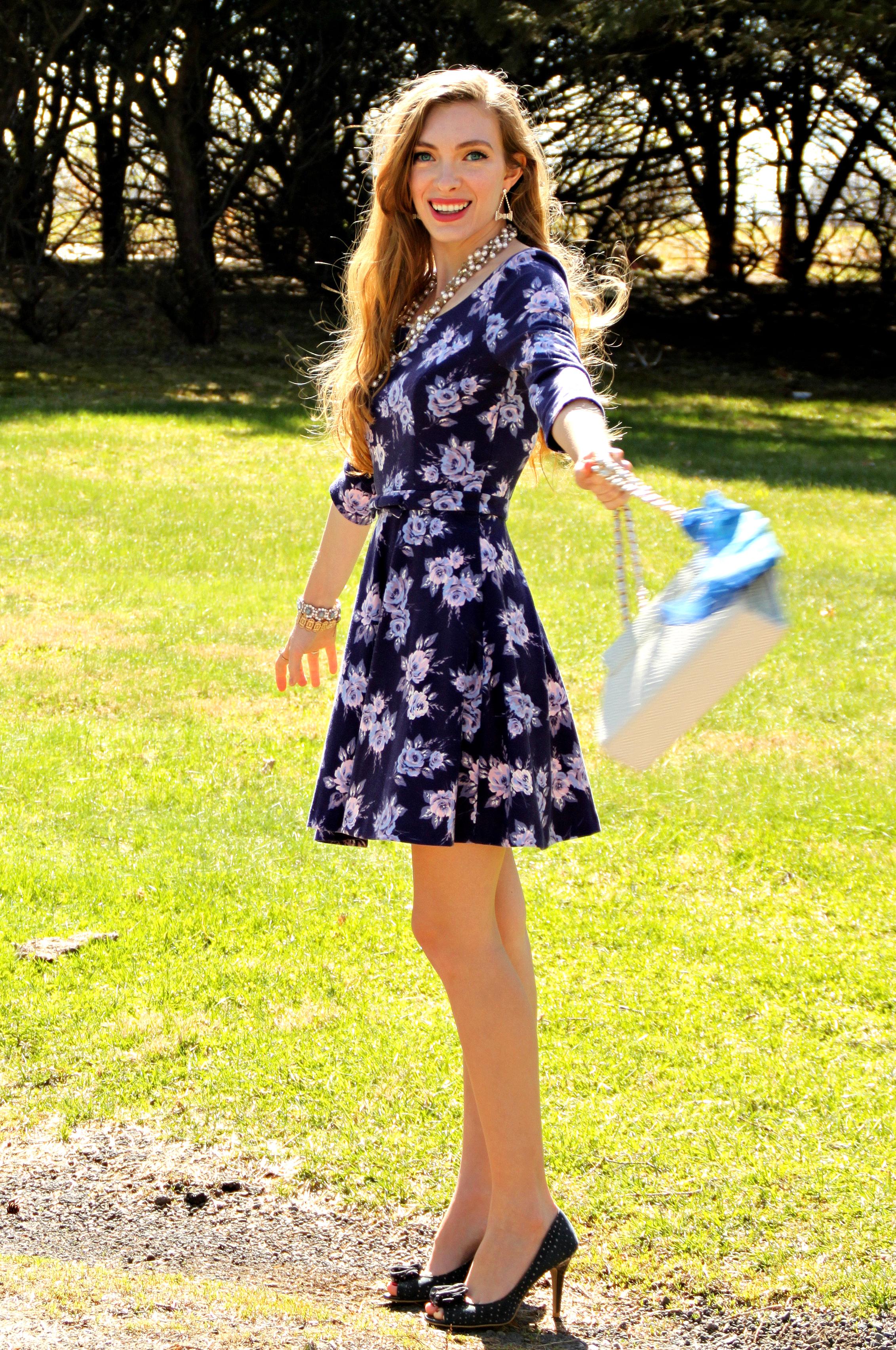 Dress LC Lauren Conrad, Heels Payless, Bag TJMaxx, Scarf Vintage.