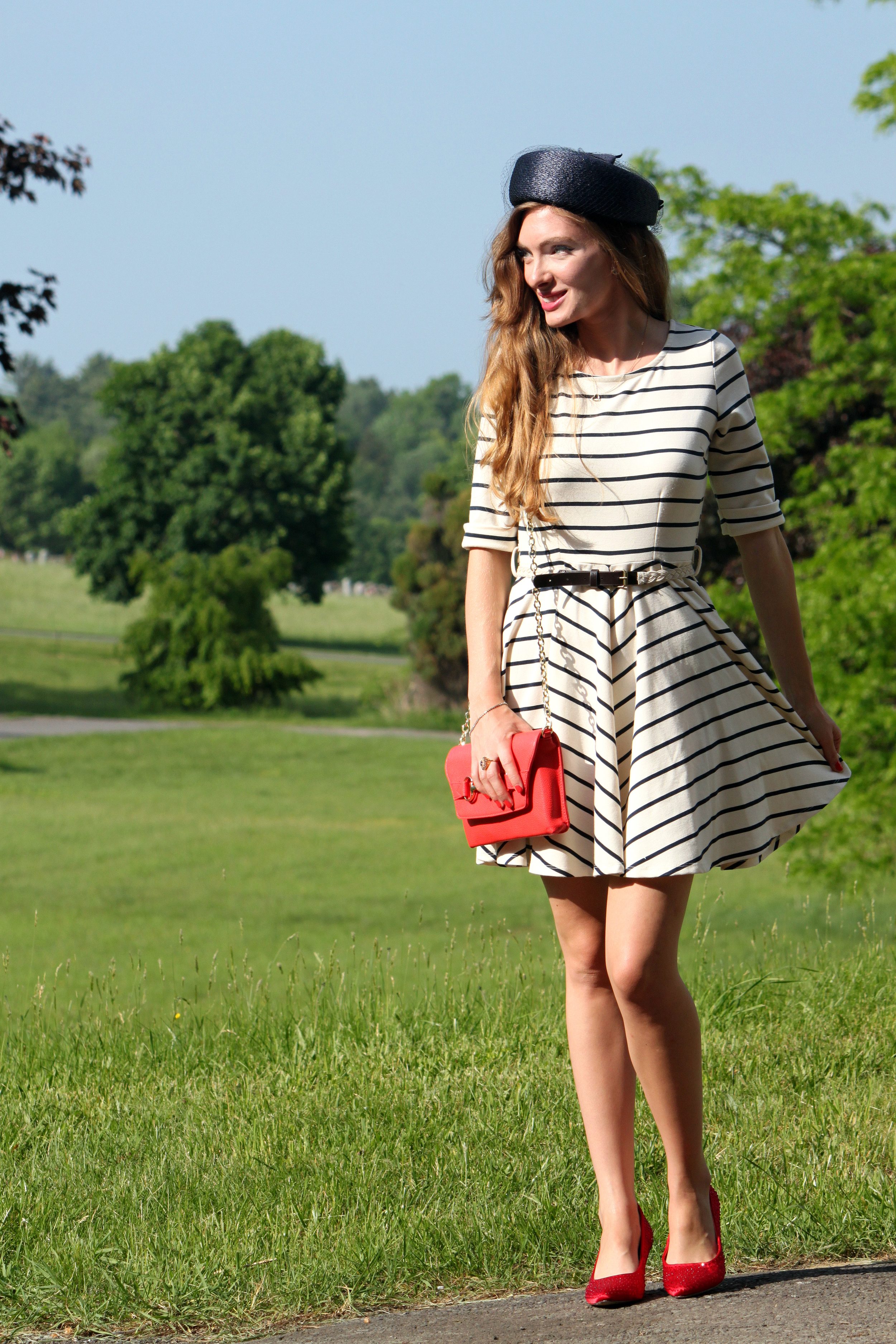 Dress Modcloth, Bag Bag Banana Republic, Hat vintage, Shoes DSW, Ring Jacquline Kennedy reproduction