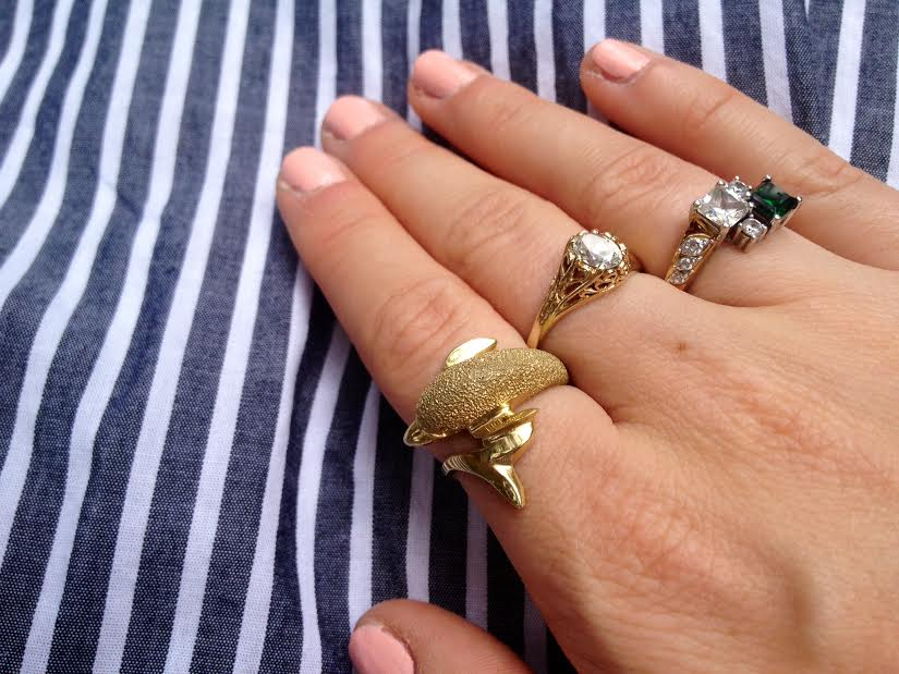 dolphine ring